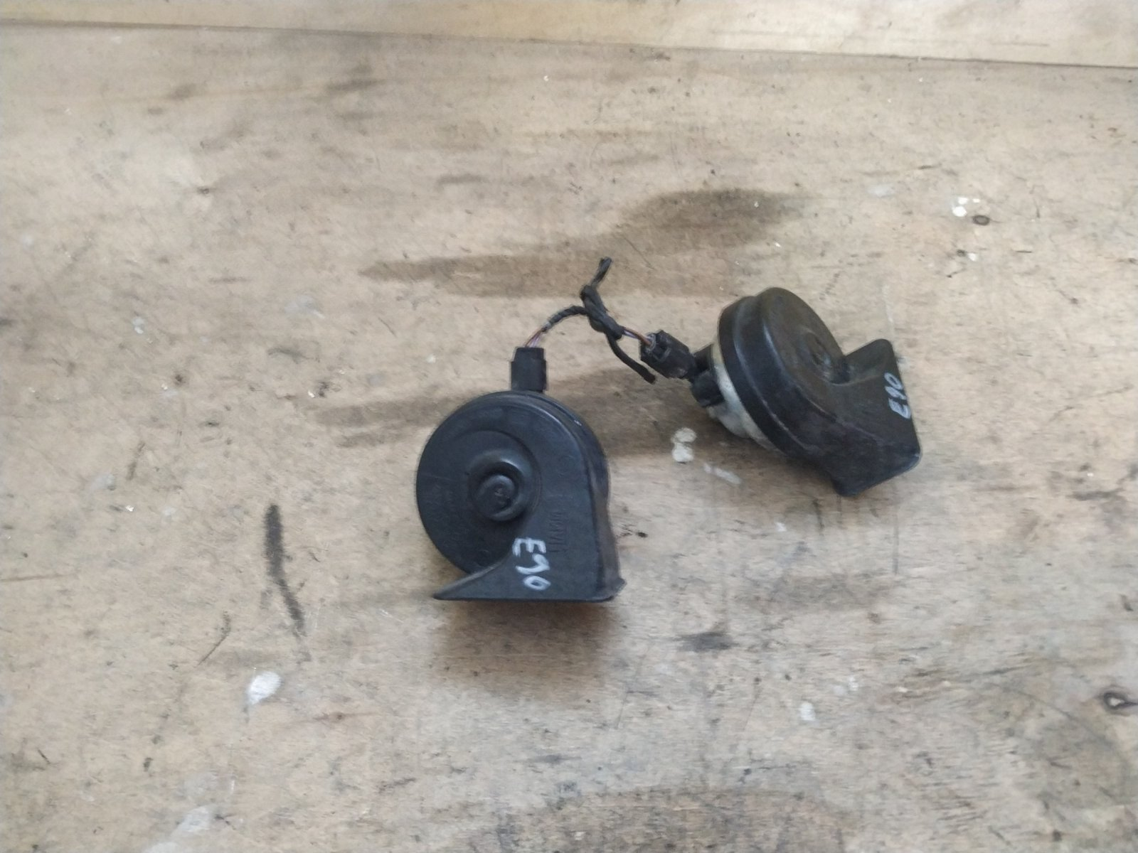 Сигналы звуковые комплект BMW 3-series Е90 2005 (б/у)