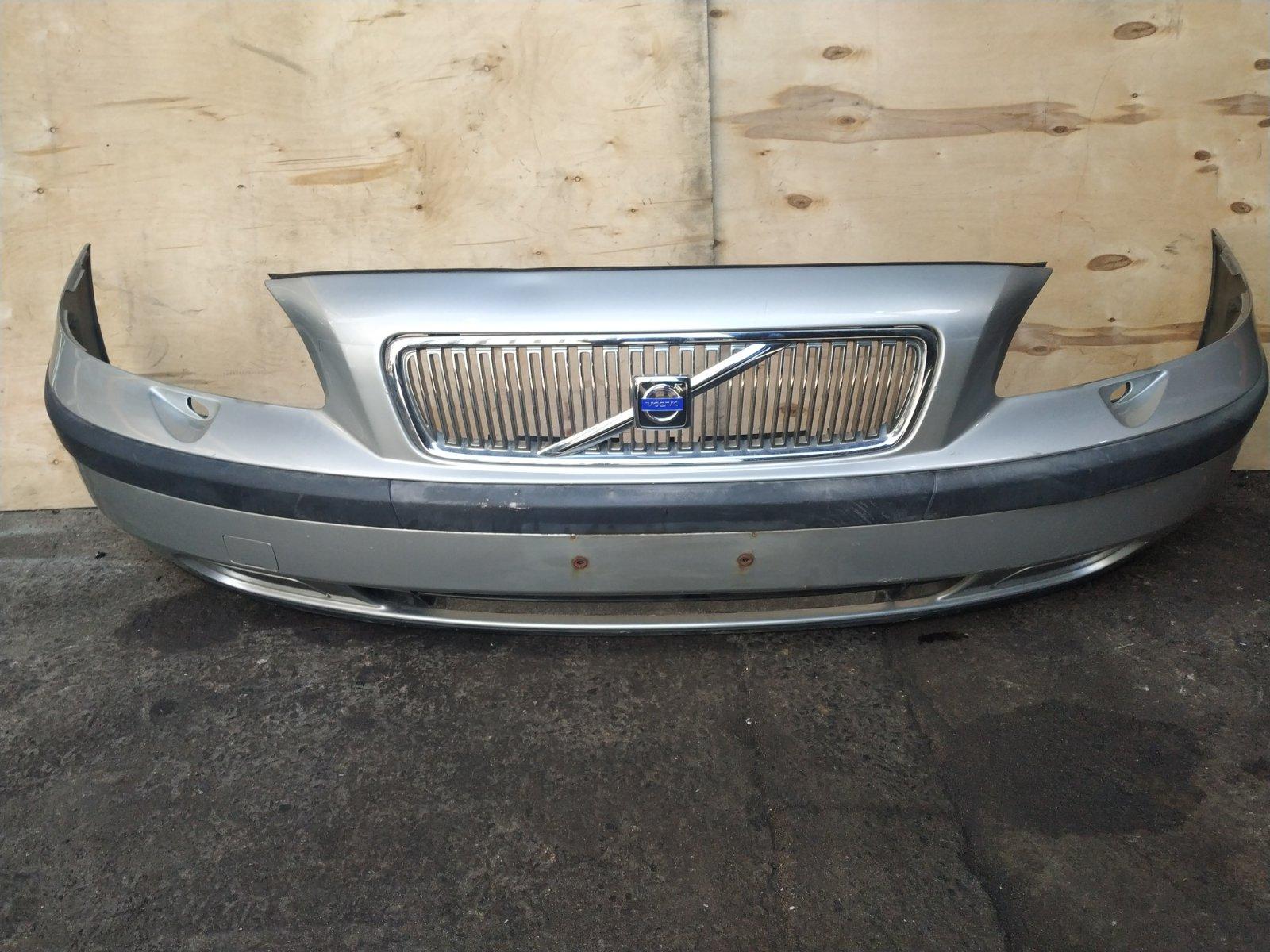 Бампер Volvo V70 2000 передний (б/у)