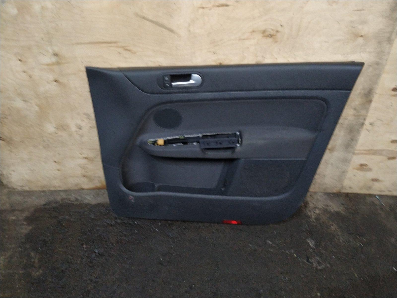 Обшивка двери Volkswagen Golf Plus 2005 передняя правая (б/у)