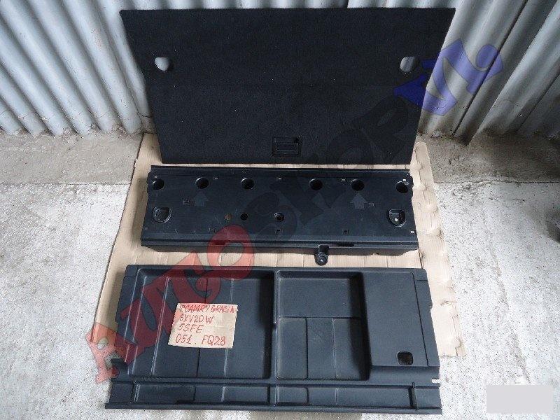 Ящик в багажник Toyota Camry Gracia Wagon MCV25 (б/у)