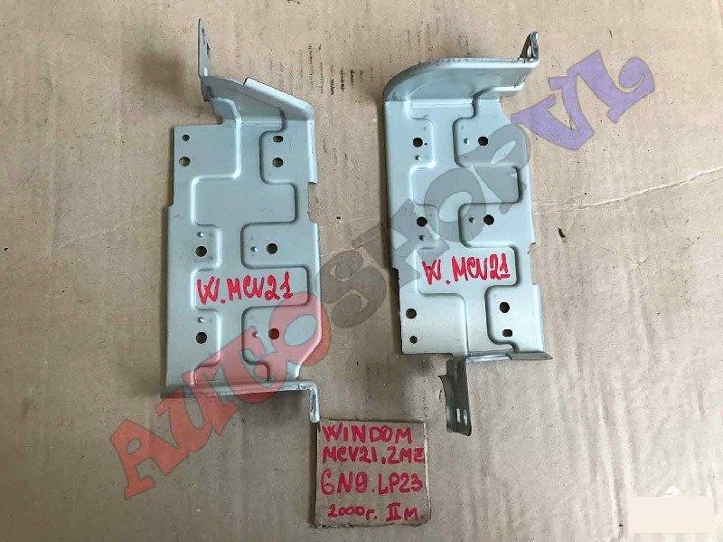 Крепление автомагнитолы Toyota Windom MCV21 2MZFE 2000г. (б/у)