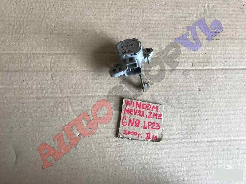 Концевик под педаль тормоза Toyota Windom MCV21 2MZFE 2000г. (б/у)