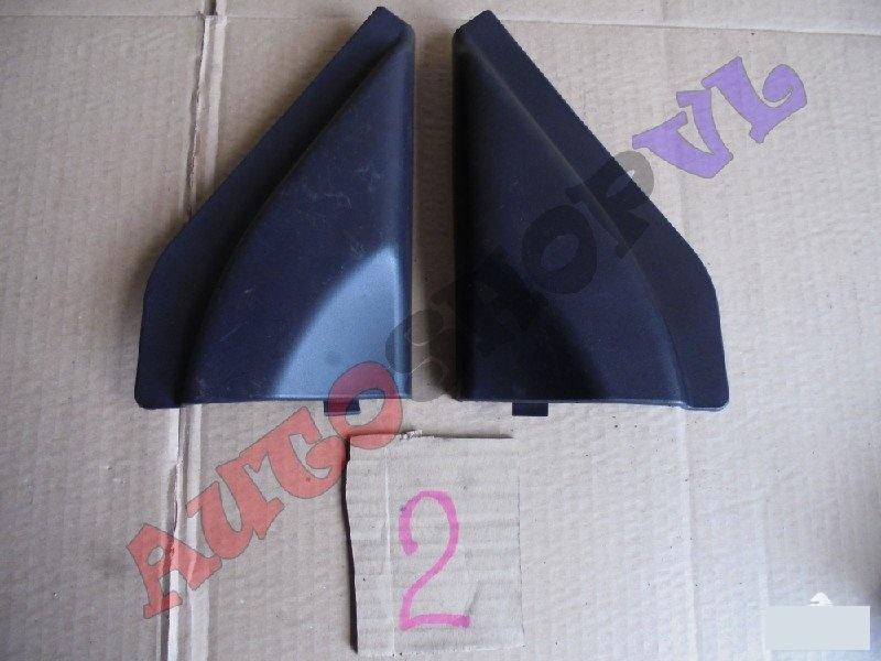 Накладка на дверь Suzuki Jimny JB33W передняя (б/у)
