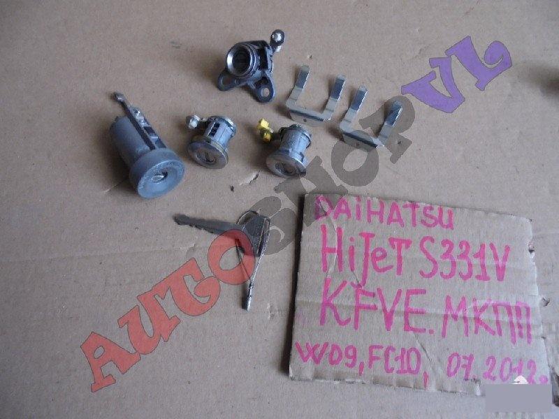 Личинка замка Daihatsu Hijet Cargo S331V KFVE 07.2012г. (б/у)