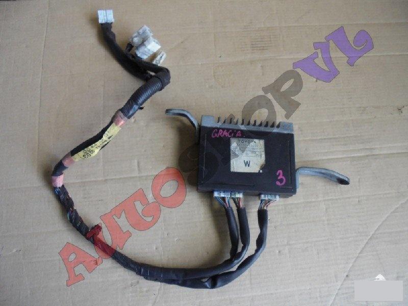 Усилитель магнитофона Toyota Camry Gracia Wagon MCV21 (б/у)