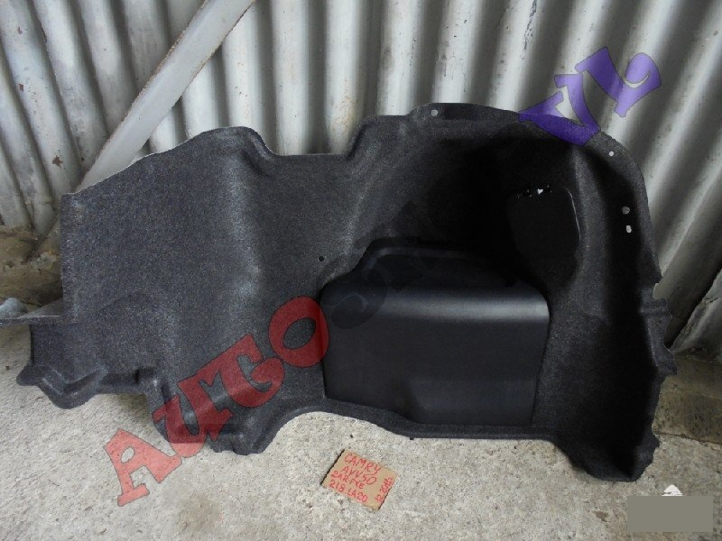 Обшивка багажника Toyota Camry AVV50 2ARFXE 12.2011г. правая (б/у)