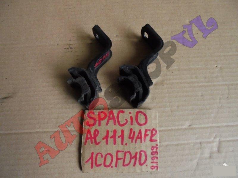 Крепление радиатора Toyota Corolla Spacio AE111 4AFE 09.1999г. (б/у)
