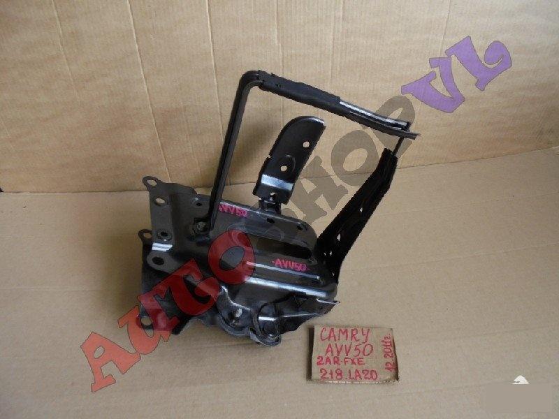 Крепление аккумулятора Toyota Camry AVV50 2ARFXE 12.2011г. (б/у)