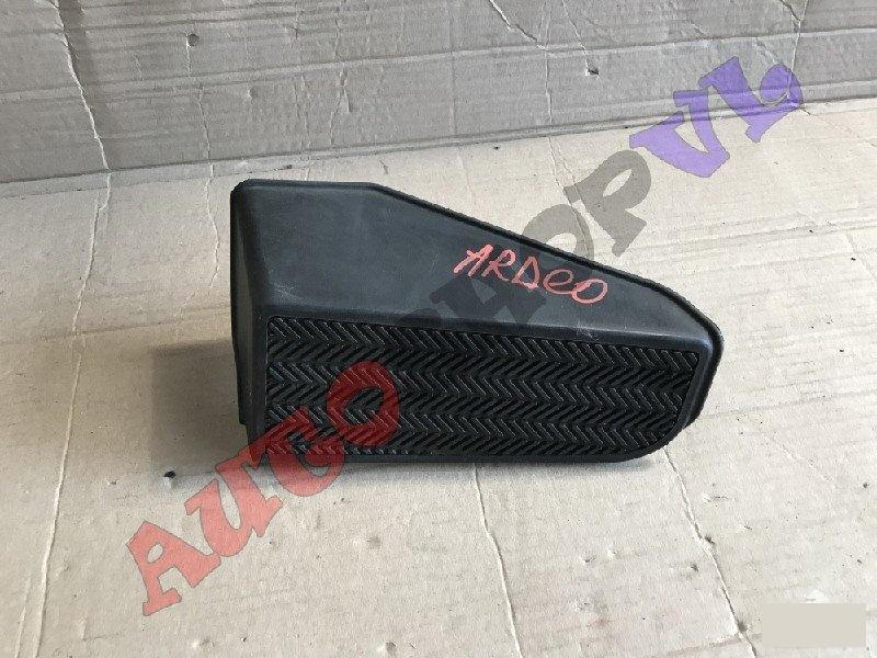 Подножка Toyota Vista Ardeo AZV50 (б/у)