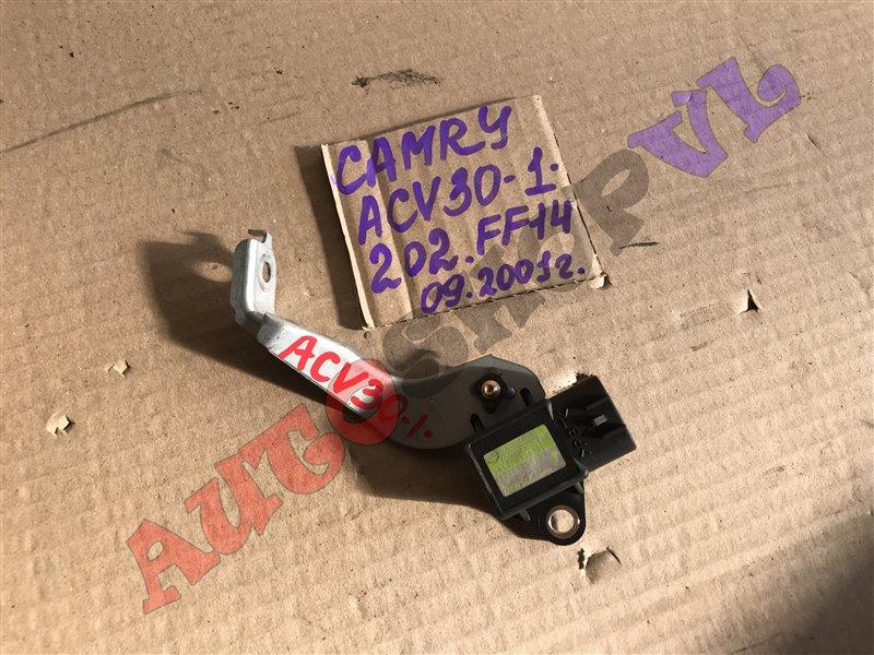Датчик ускорения Toyota Camry ACV30 2AZFE 09.2001 (б/у)