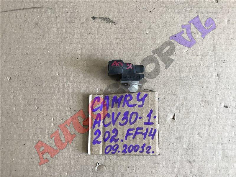 Датчик наружной температуры Toyota Camry ACV30 2AZFE 09.2001 (б/у)