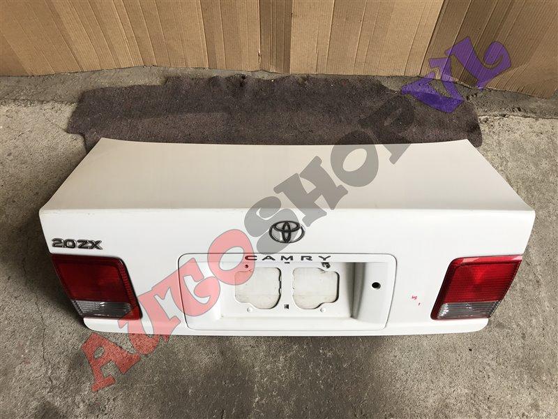 Крышка багажника Toyota Camry SV40 1994 (б/у)