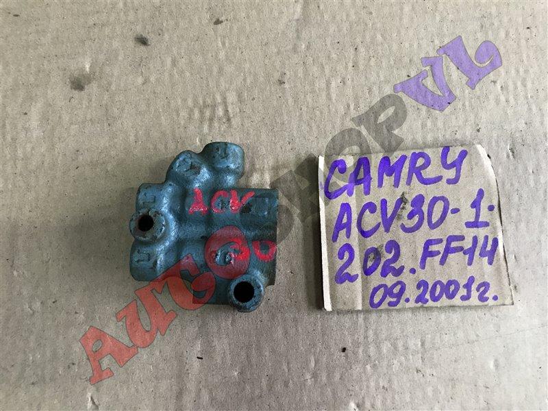 Распределитель тормозной Toyota Camry ACV30 (б/у)