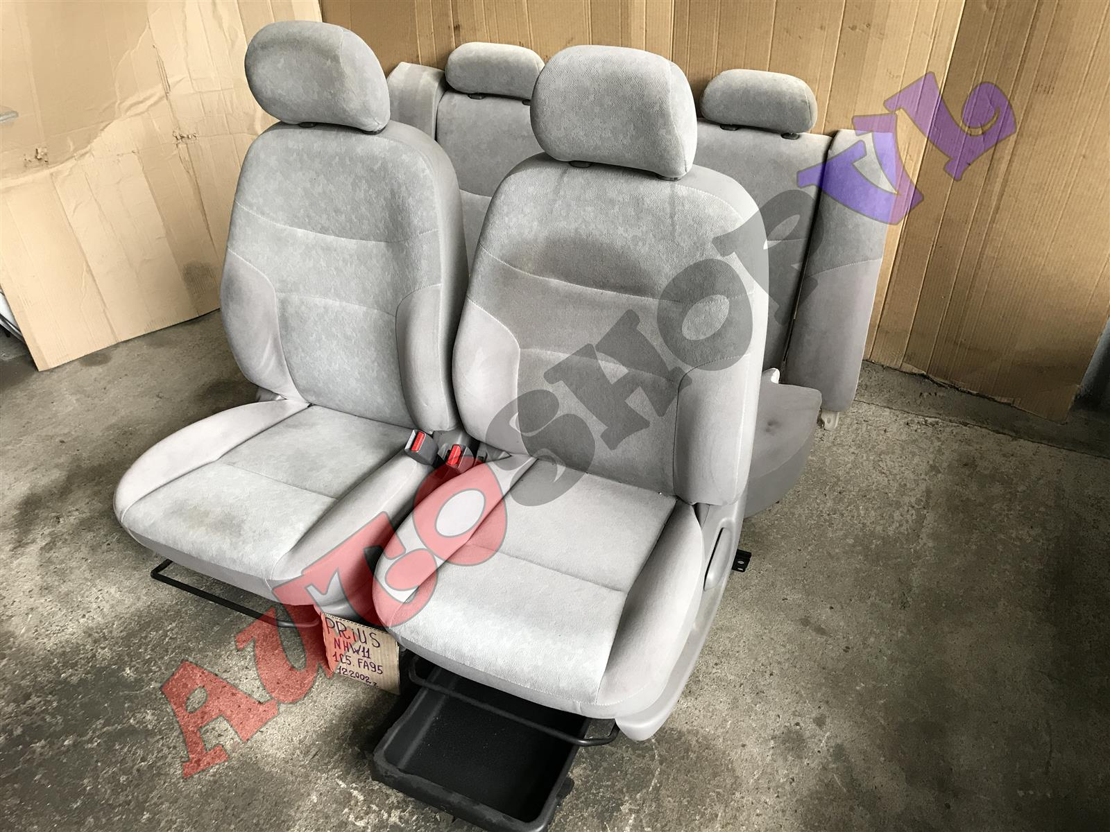 Сидение Toyota Prius NHW11 1NZFXE 12.2002 (б/у)