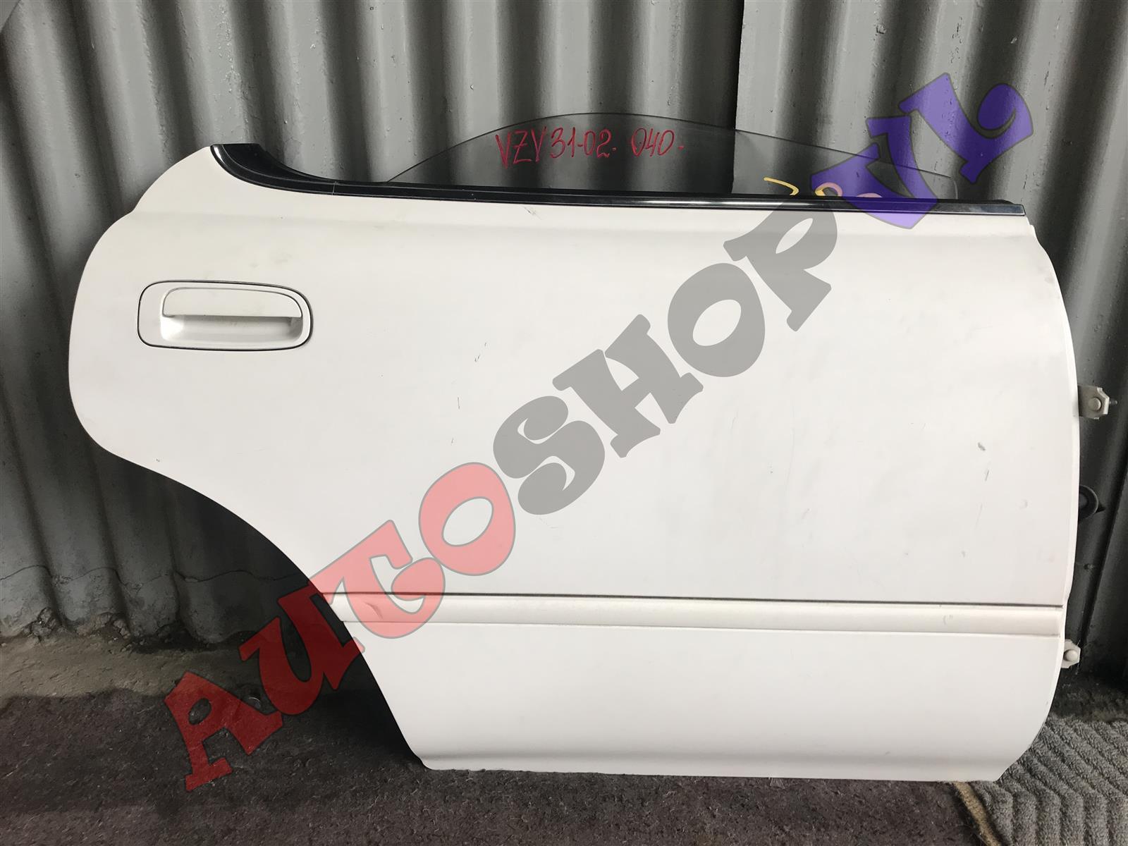 Дверь Toyota Camry Prominent VZV33 задняя правая (б/у)