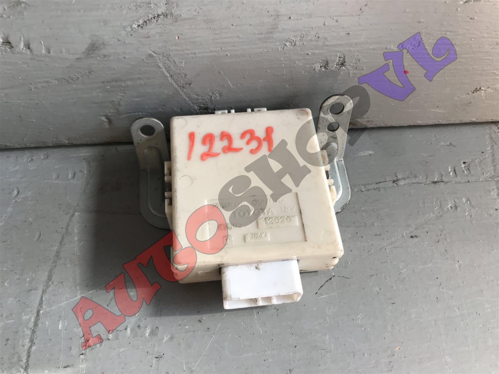 Блок управления зеркалами Toyota Sprinter Trueno AE101 (б/у)