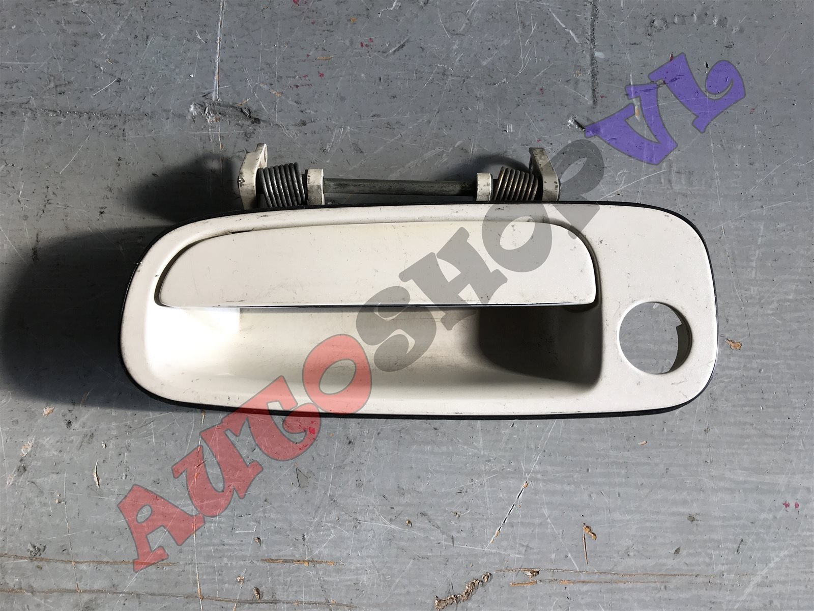 Ручка двери внешняя Toyota Vista SV30 передняя левая (б/у)