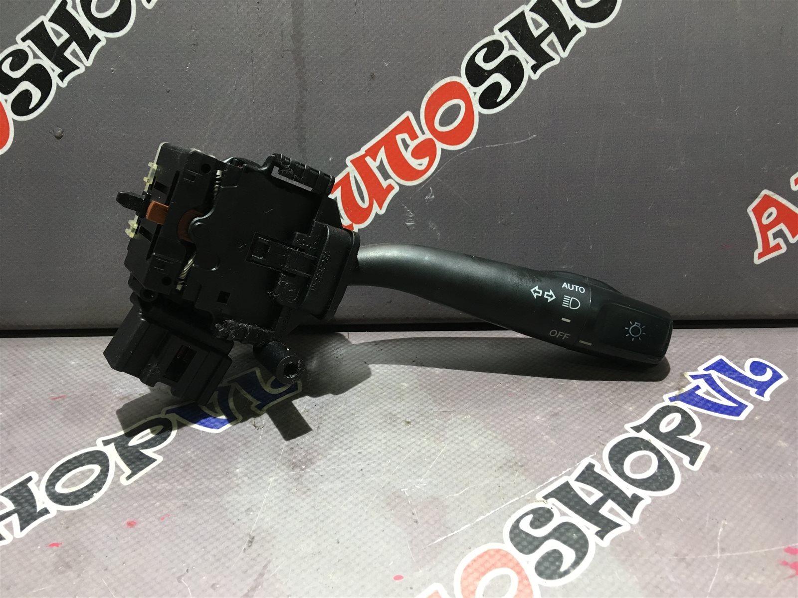 Блок подрулевых переключателей Toyota Vista AZV50 1AZFSE правый (б/у)