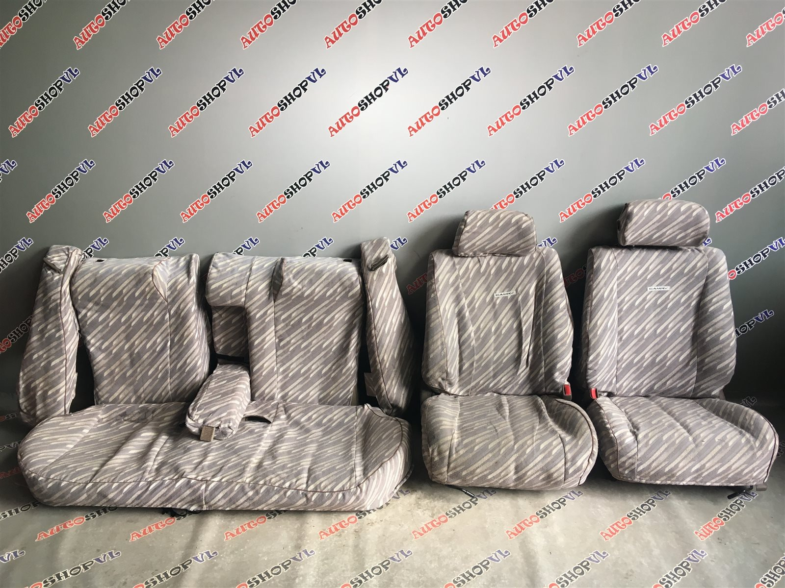 Чехлы на сидения Toyota Camry Prominent VZV33 (б/у)