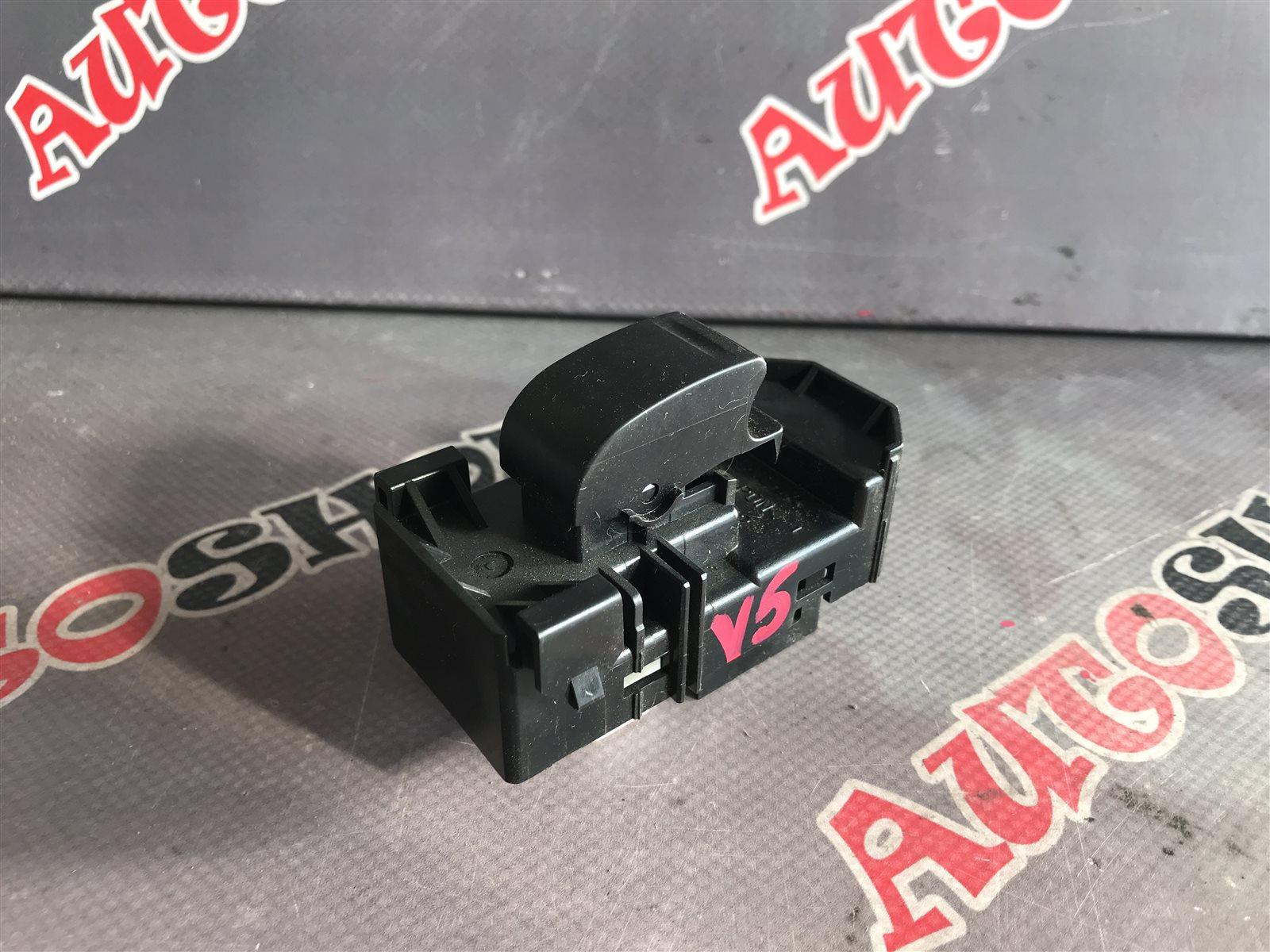 Кнопка стеклоподъемника Toyota Vista AZV50 1AZFSE (б/у)