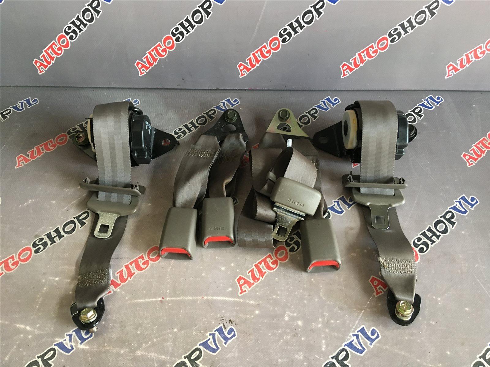 Ремень безопасности Toyota Camry Prominent VZV33 4VZFE задний (б/у)