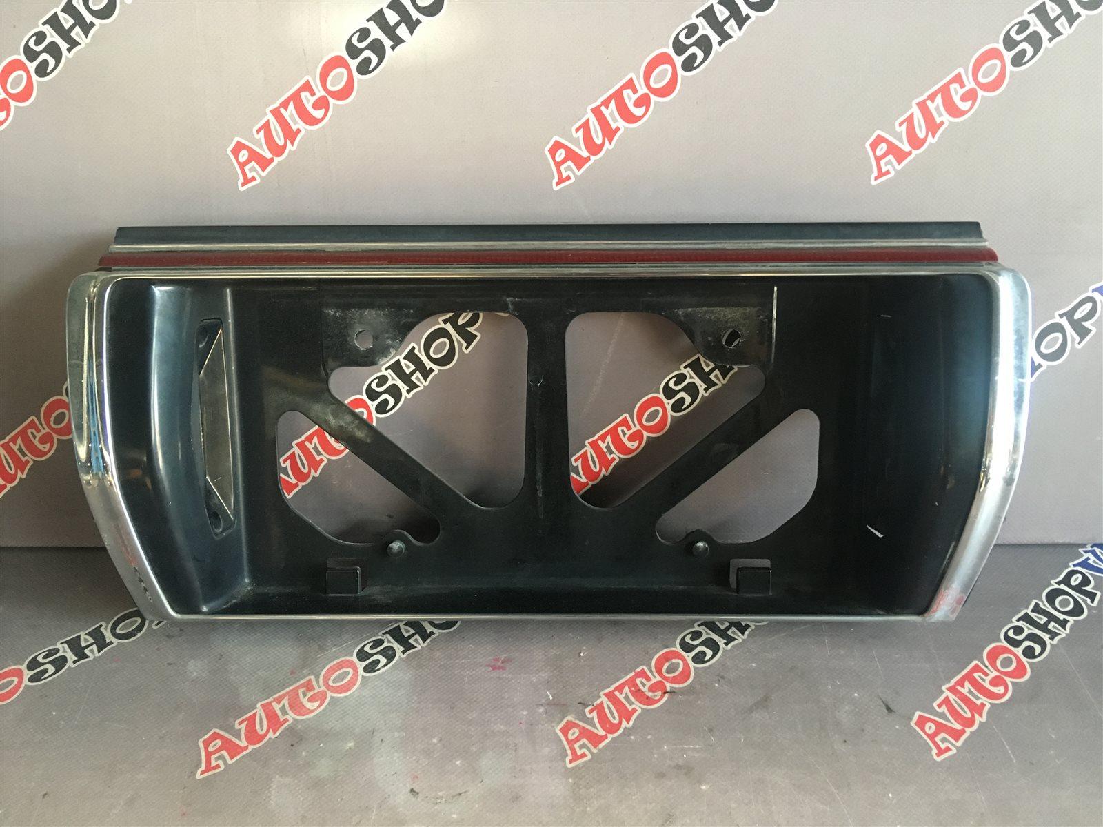 Вставка между стопов Toyota Vista SV22 4SFI (б/у)