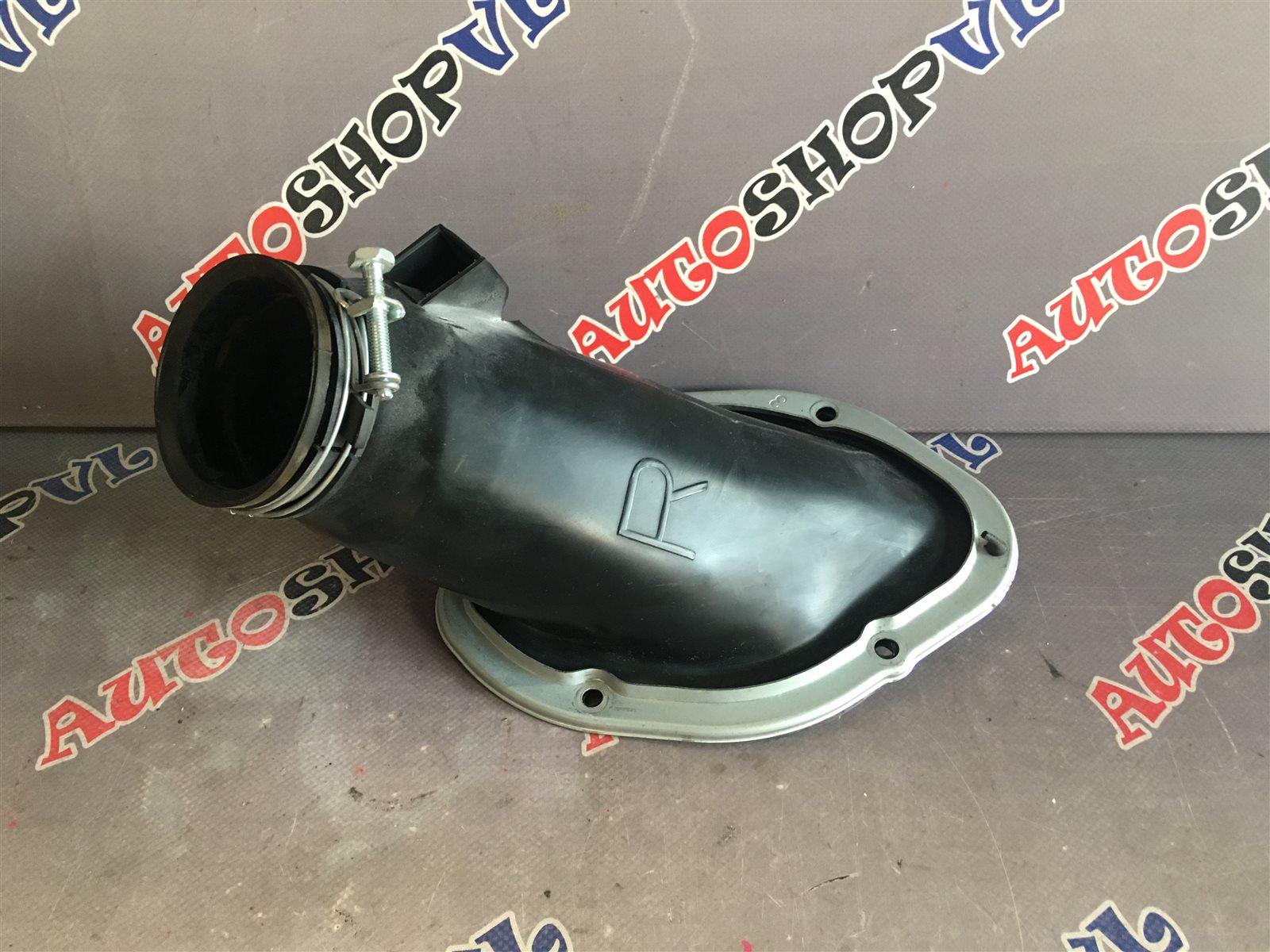 Пыльник Toyota Vista SV22 4SFI (б/у)