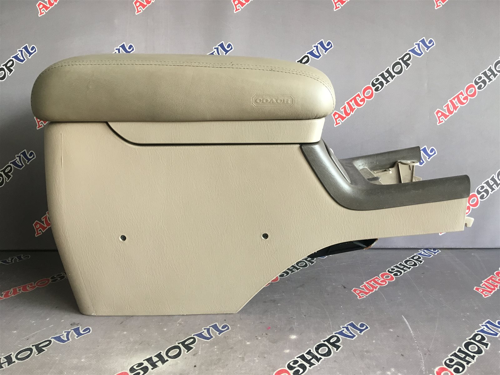 Бардачок между сиденьями Toyota Windom MCV21 2MZFE (б/у)