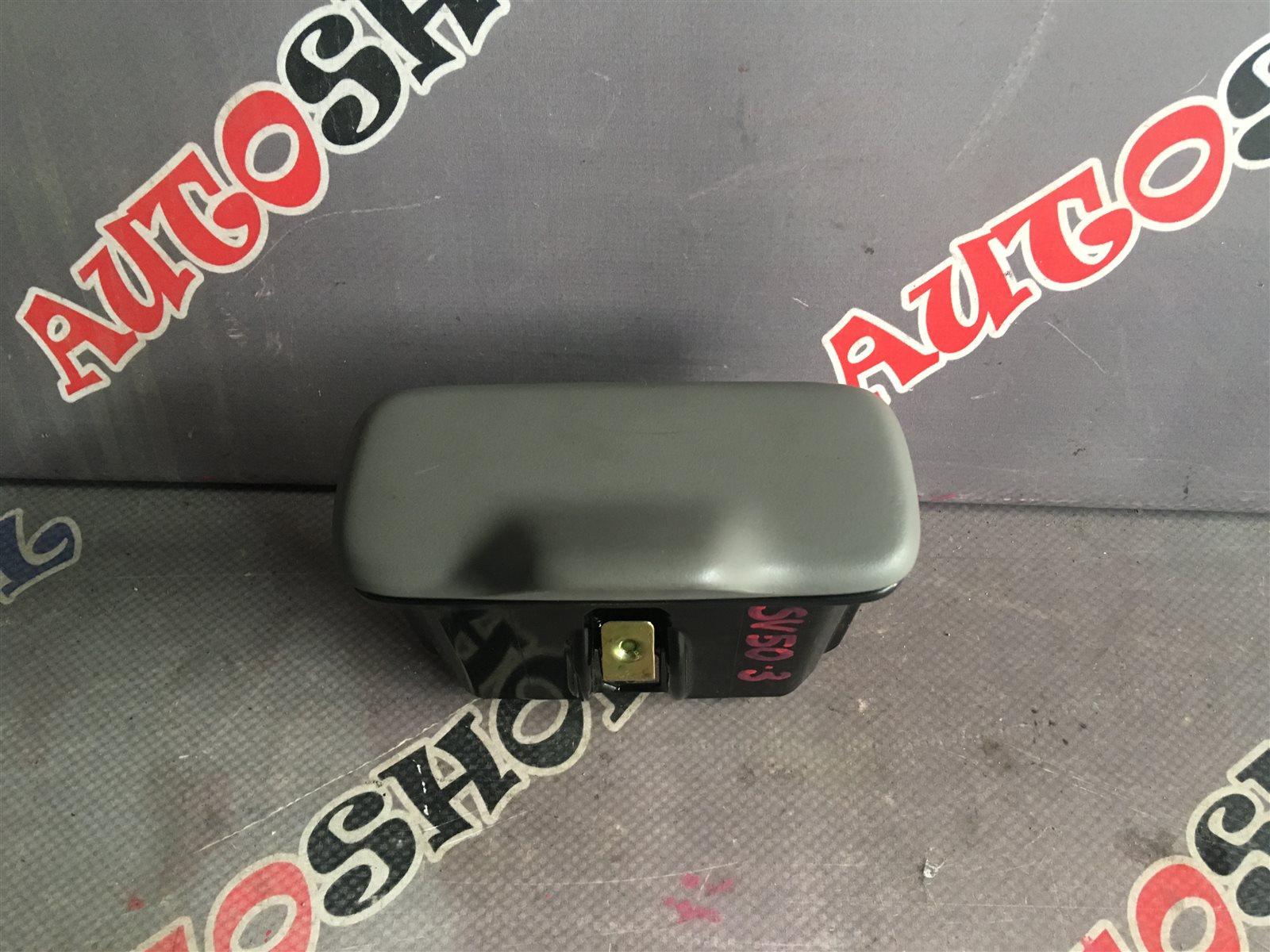 Пепельница Toyota Vista Ardeo AZV50 1AZFSE (б/у)