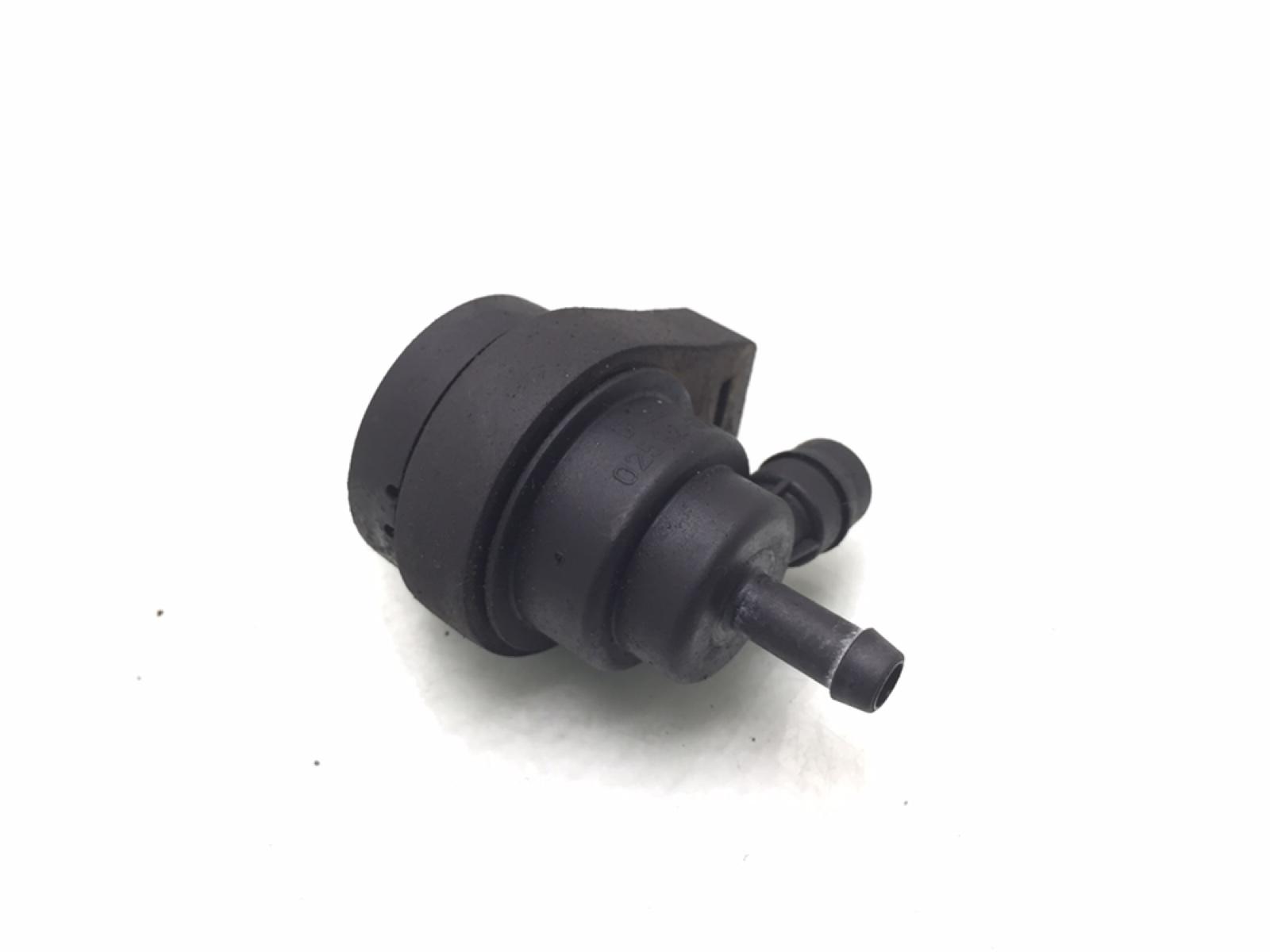 Клапан вентиляции топливного бака Bmw 5 E39 2.5 I 1997 (б/у)