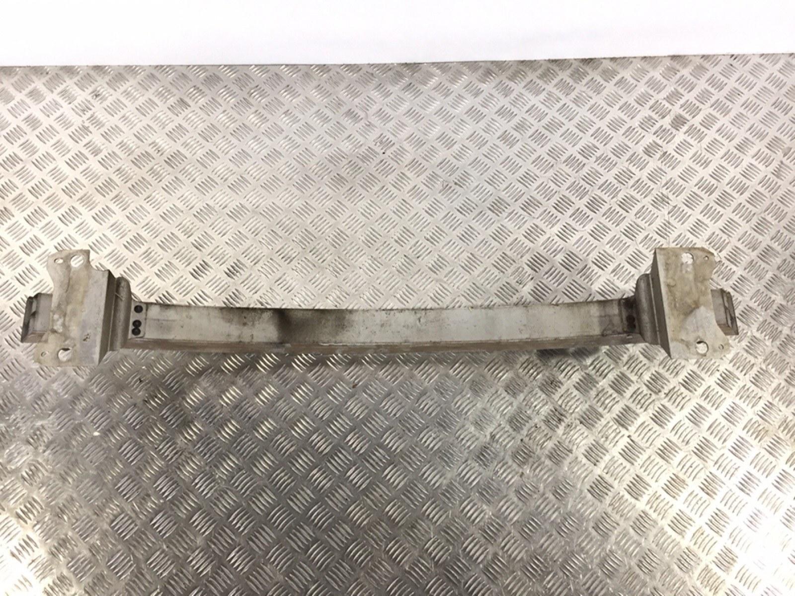 Усилитель бампера переднего Audi A2 8Z 1.4 I 2000 (б/у)