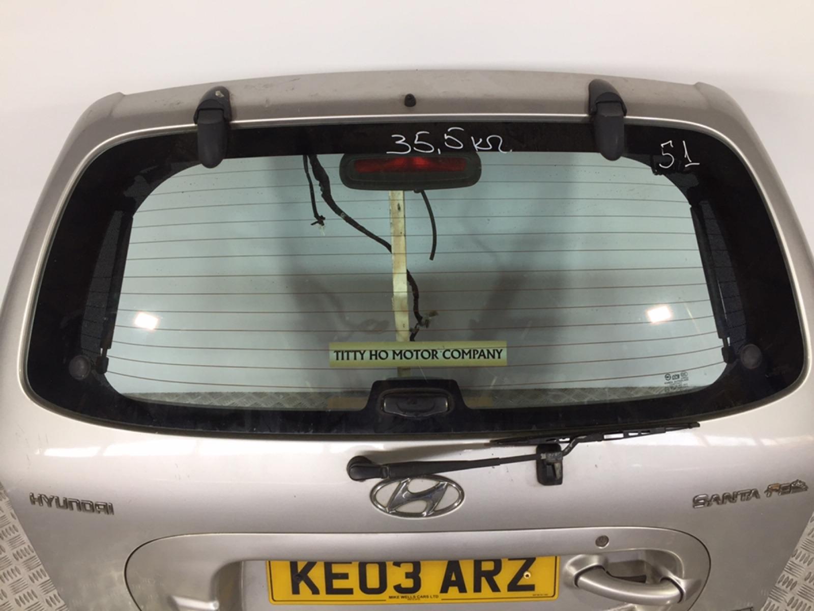 Стекло заднее Hyundai Santa Fe 2.0 CRDI 2003 (б/у)