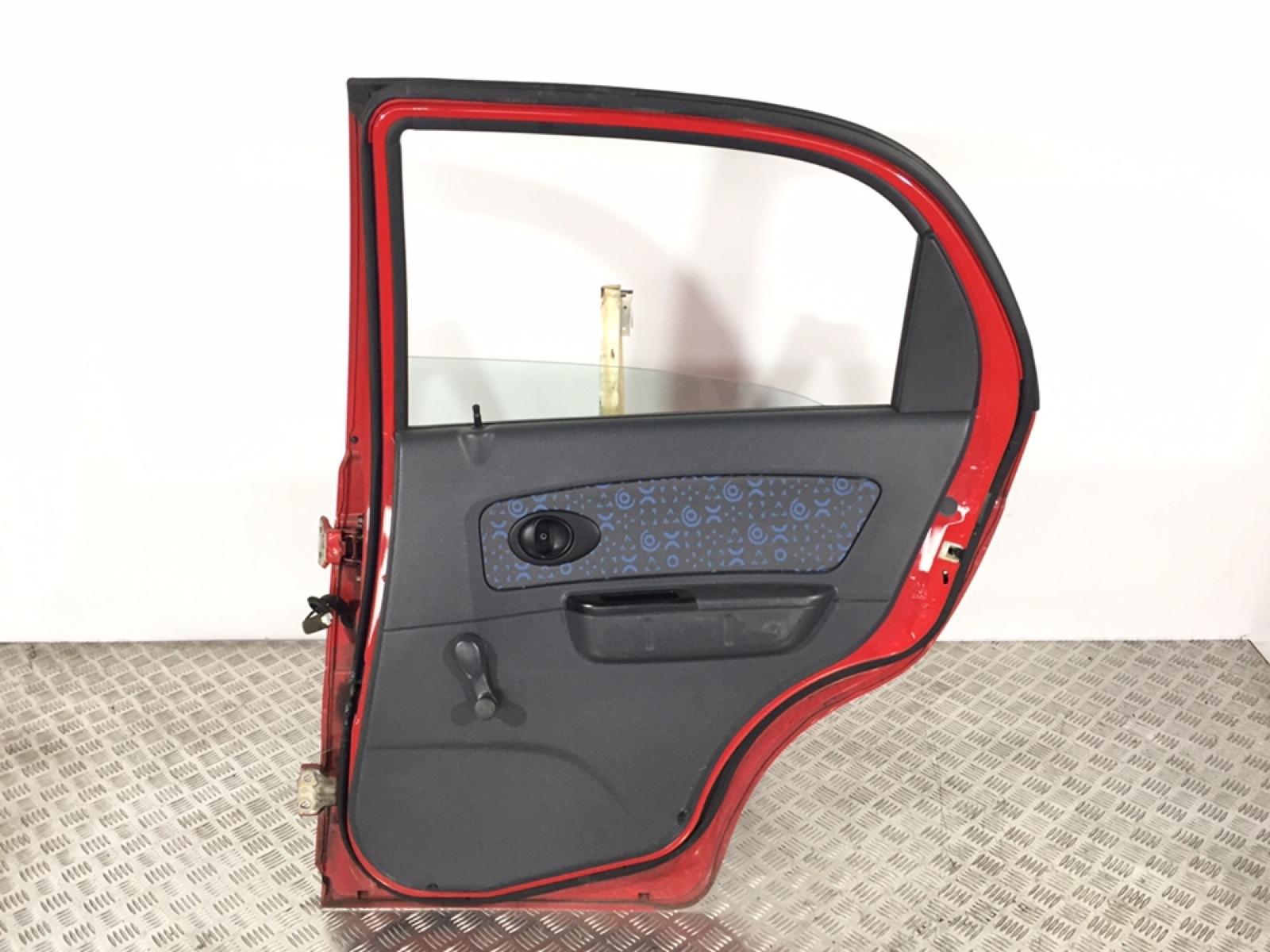 Обшивка двери задней правой (дверная карта) Chevrolet Matiz 1.0 I 2006 (б/у)