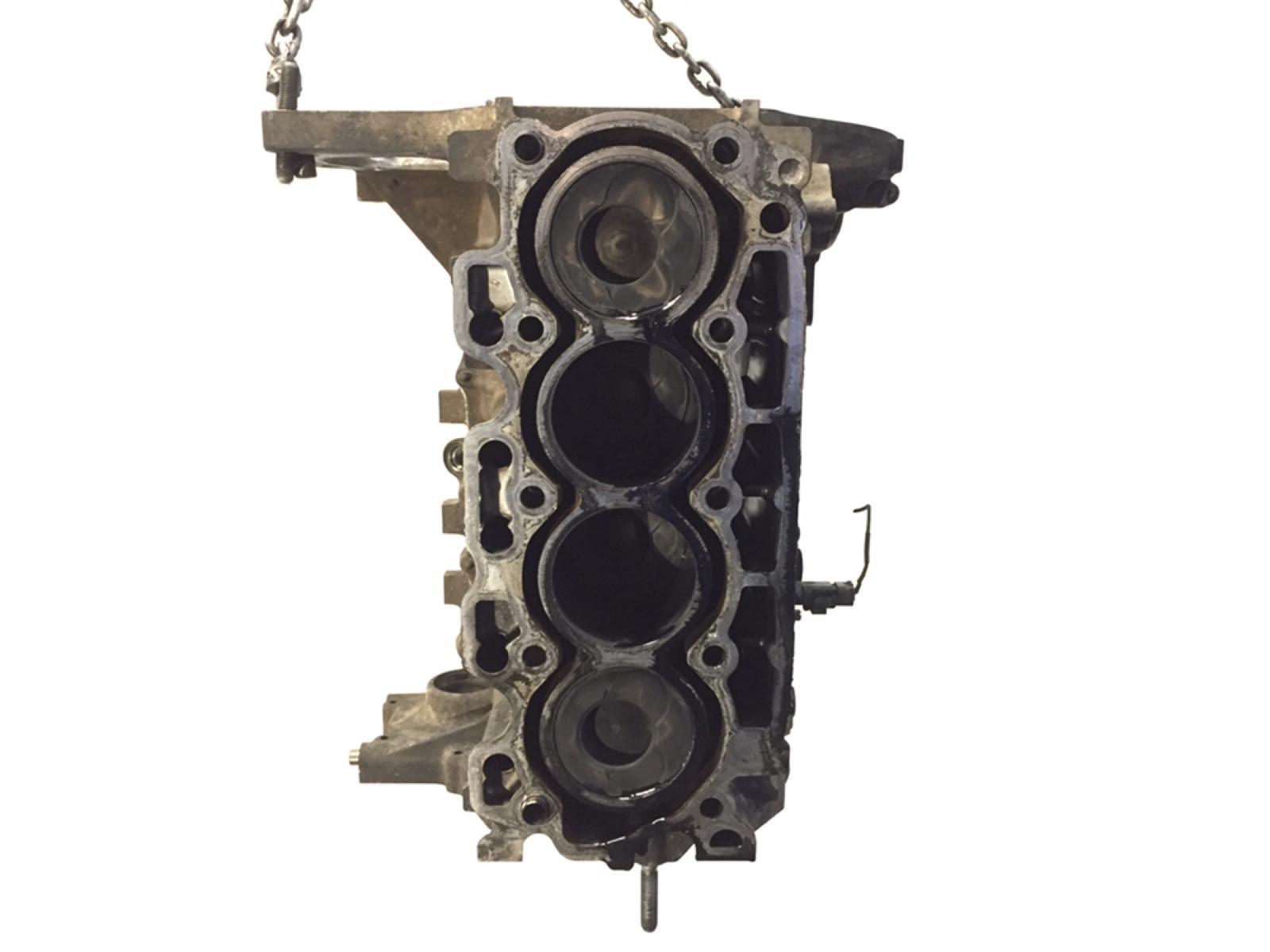 Блок цилиндров Peugeot 206 1.4 HDI 2003 (б/у)
