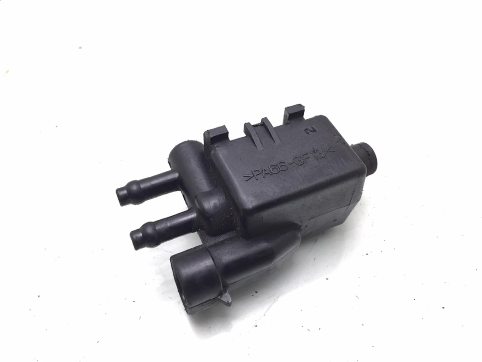 Клапан вентиляции топливного бака Chevrolet Aveo 1.4 I 2005 (б/у)