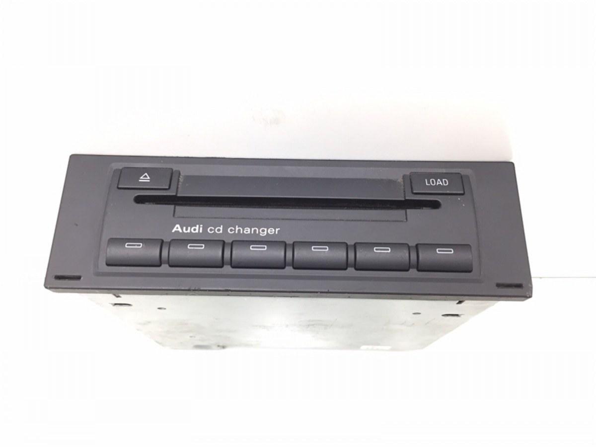 Cd-чейнджер Audi A4 B7 2.0 TDI 2005 (б/у)