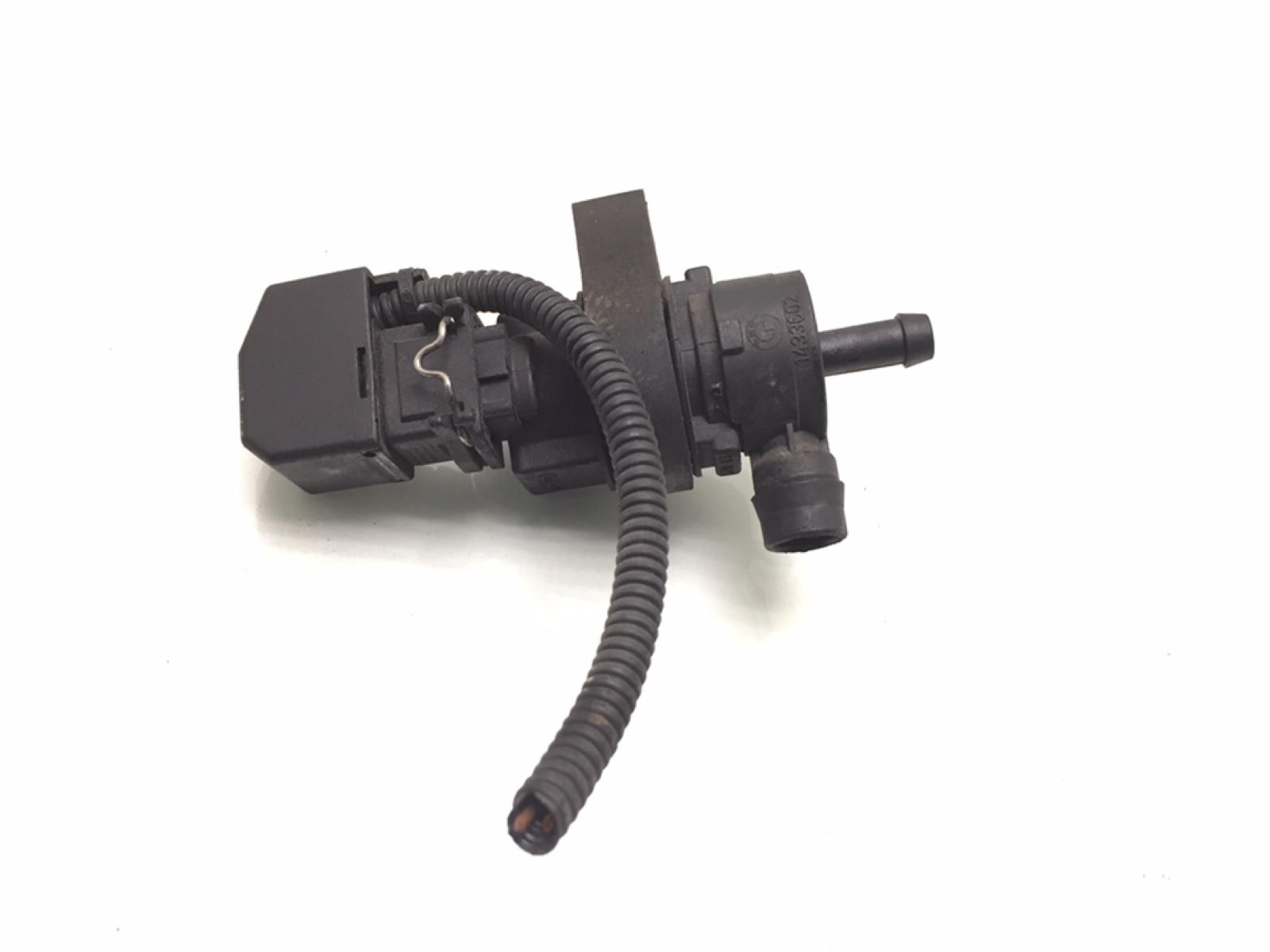 Клапан вентиляции топливного бака Bmw 3 E46 2.2 I 2004 (б/у)