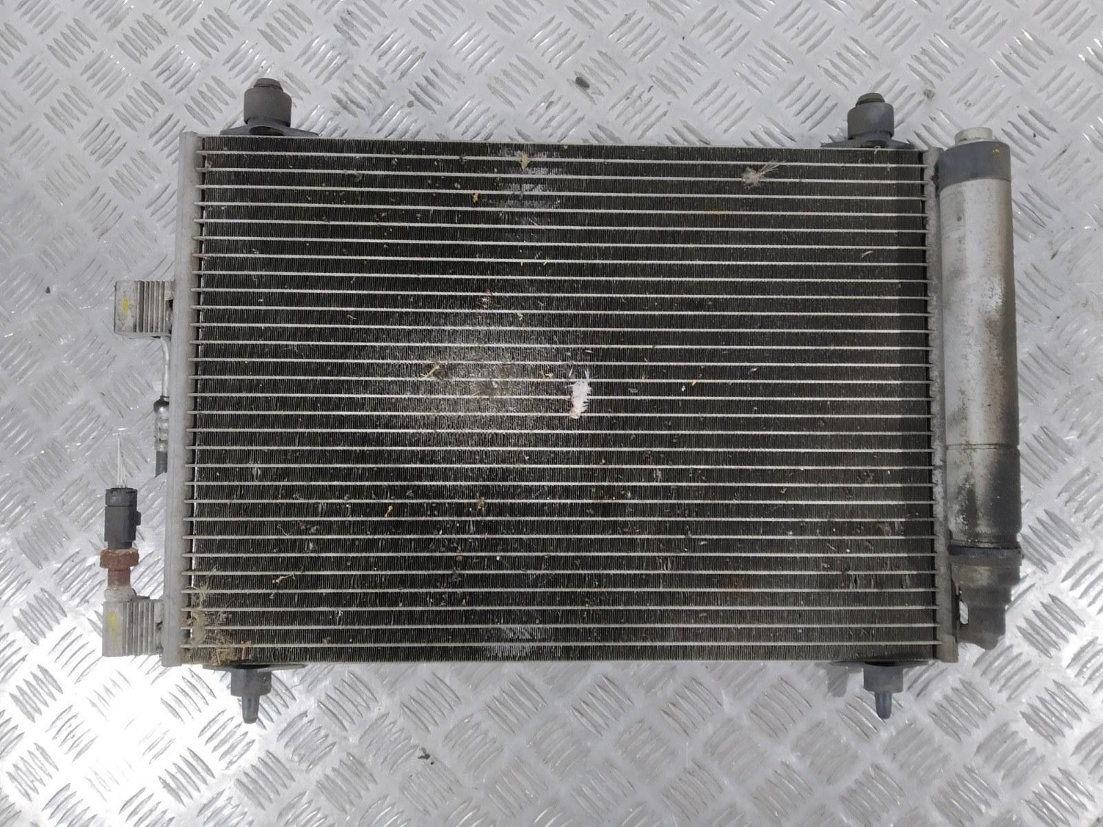 Радиатор кондиционера Citroen C5 2.2 HDI 2002 (б/у)