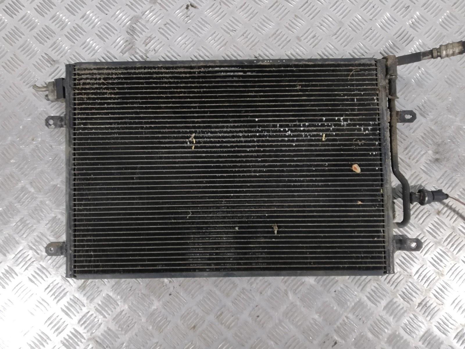 Радиатор кондиционера Audi A4 B6 2.0 I 2001 (б/у)