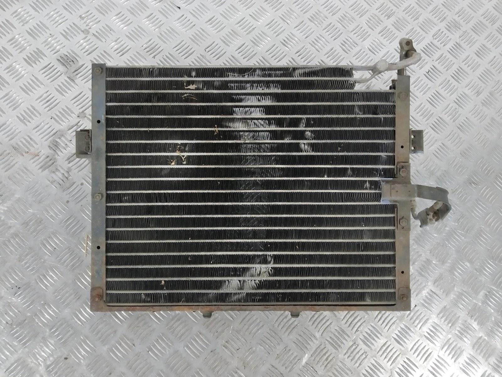 Радиатор кондиционера Kia Sportage 2.0 I 2003 (б/у)