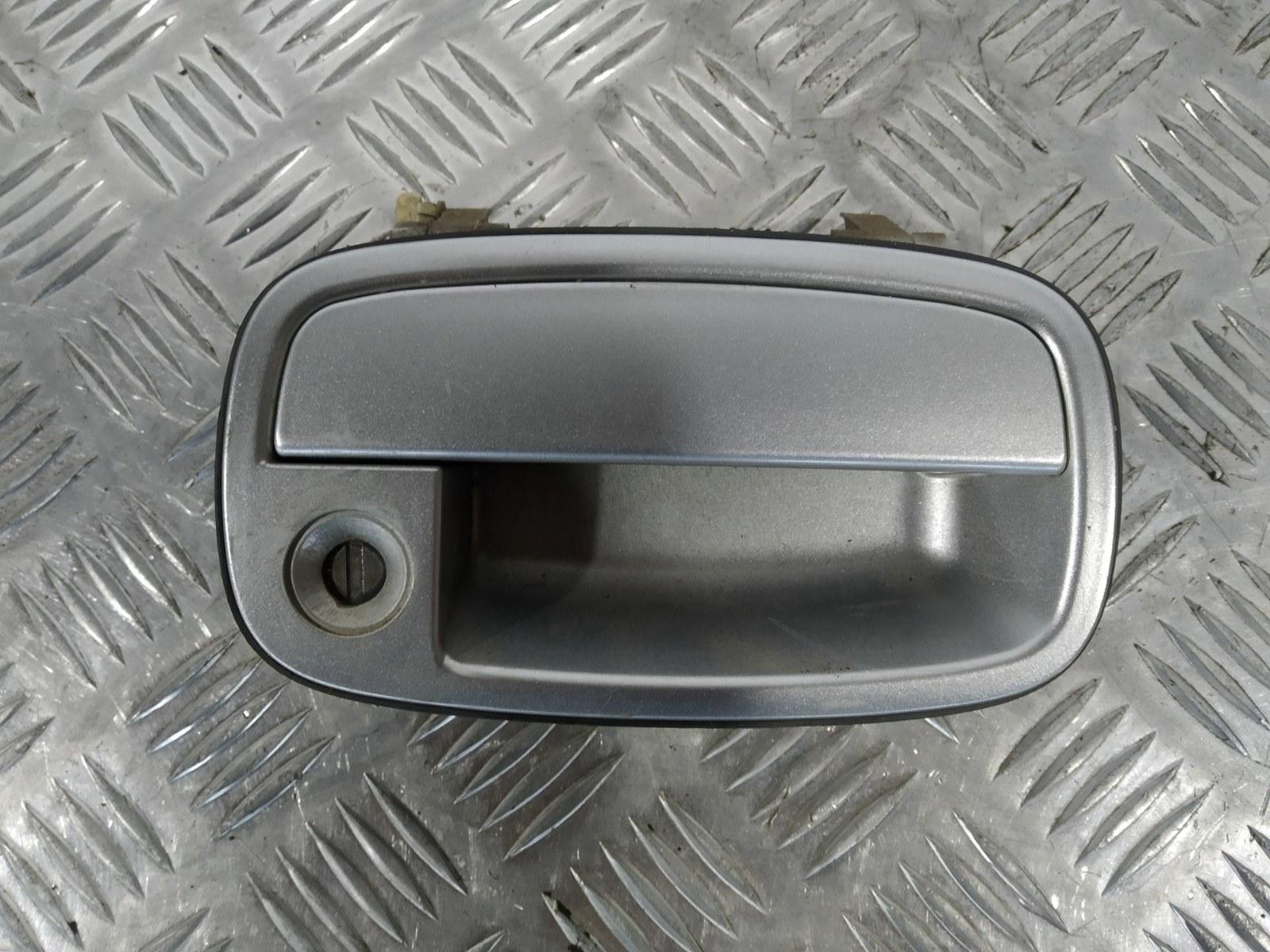 Ручка наружная передняя правая Kia Sportage 2.0 I 2003 (б/у)