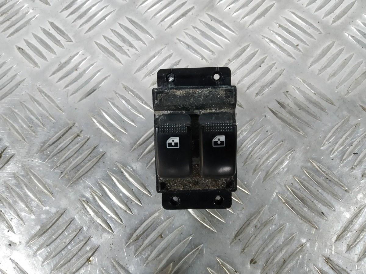 Кнопка стеклоподъемника Hyundai I10 1.1 I 2008 (б/у)