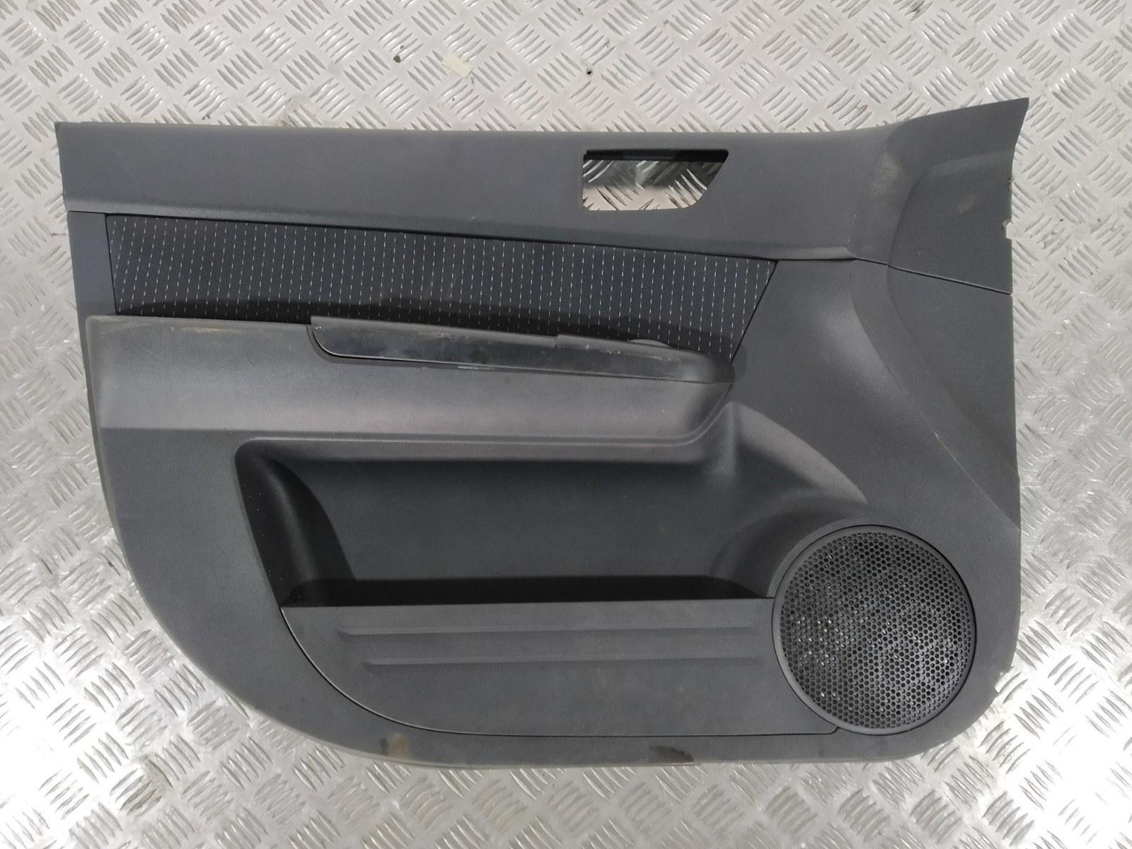 Обшивка двери передней левой (дверная карта) Hyundai Getz 1.4 I 2005 (б/у)