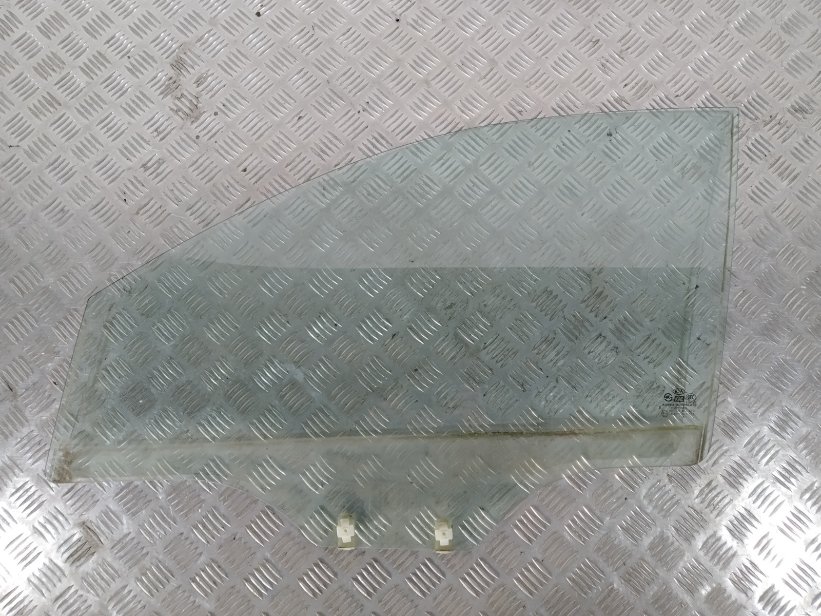 Стекло двери передней левой Kia Picanto 1.1 I 2004 (б/у)