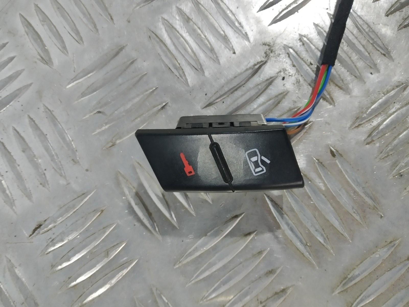 Кнопка центрального замка Audi A2 8Z 1.4 I 2000 (б/у)