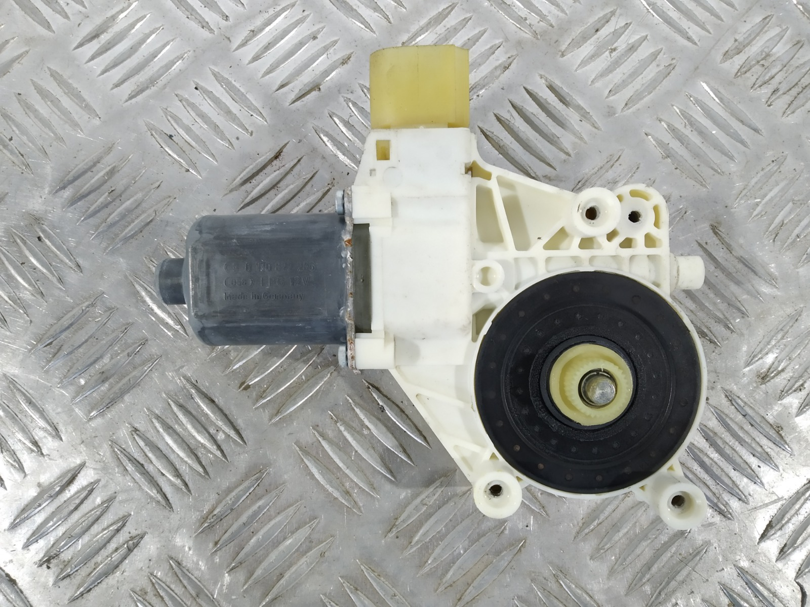 Моторчик стеклоподъемника передний правый Ford Mondeo 1.8 2009 (б/у)
