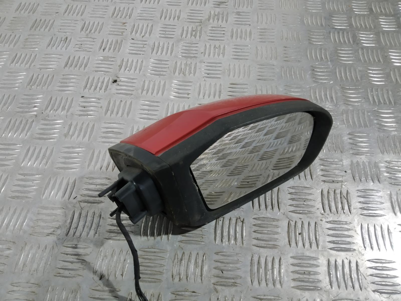 Зеркало наружное правое Mercedes B W245 2.0 CDI 2008 (б/у)