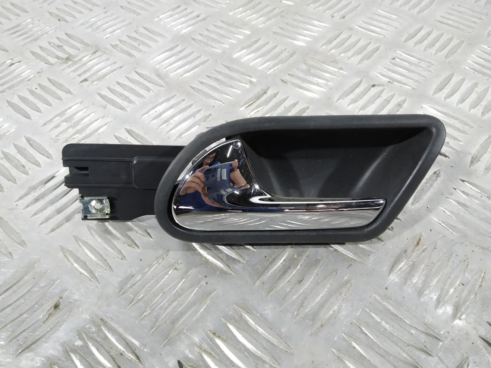 Ручка внутренняя передняя левая Volkswagen Golf 5 1.6 FSI 2006 (б/у)