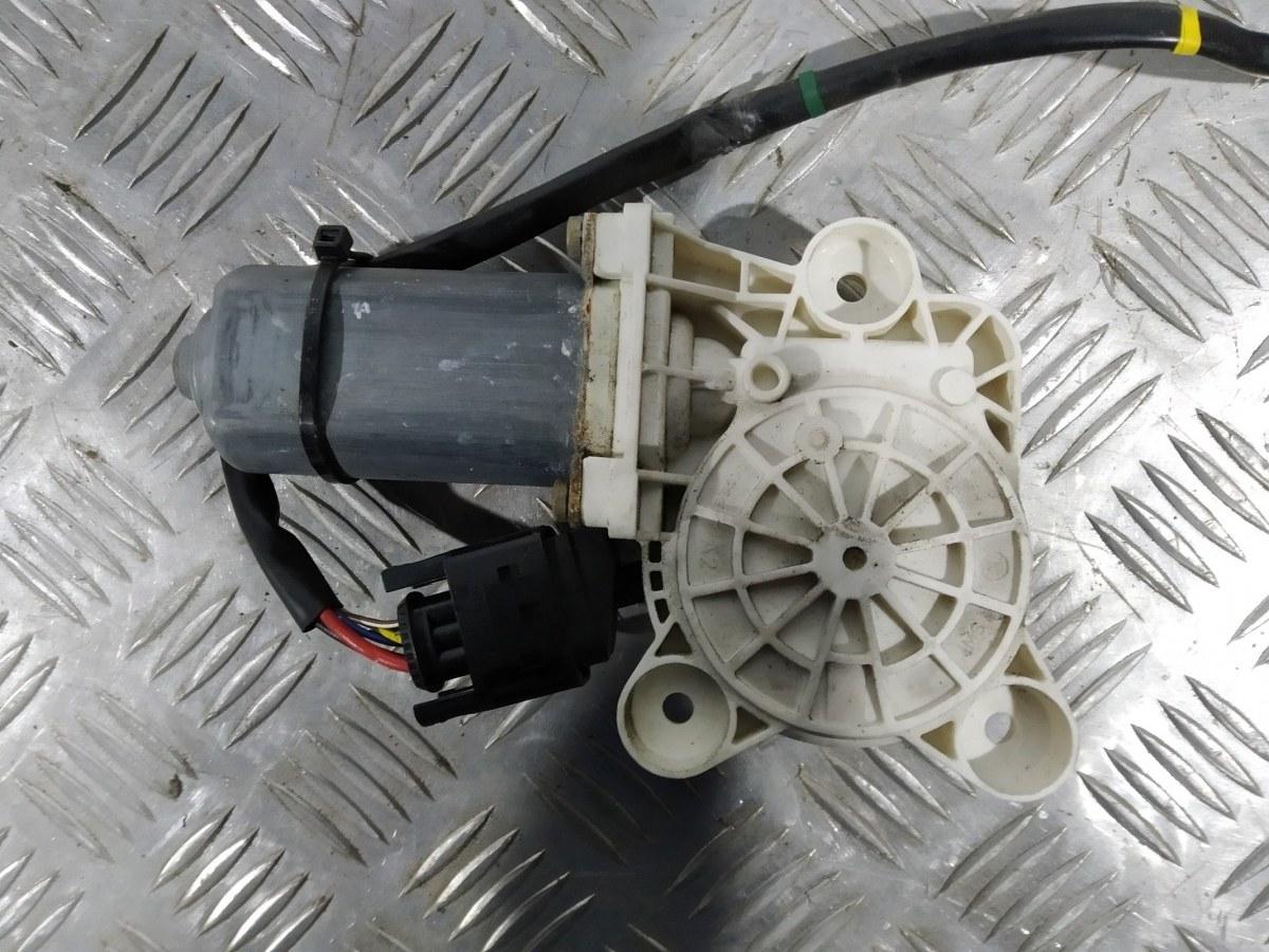 Моторчик стеклоподъемника передний правый Mercedes S W220 3.7 I 2003 (б/у)