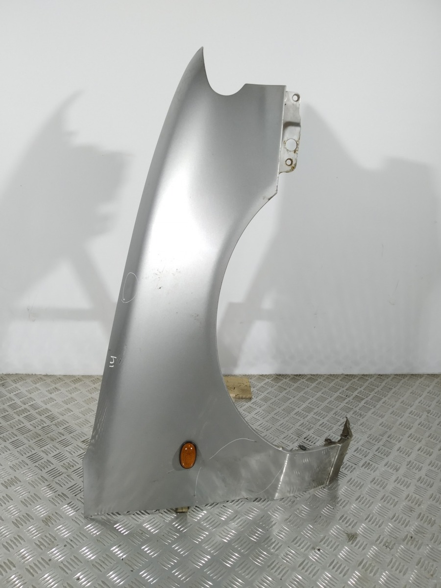 Крыло переднее правое Hyundai Accent X3 1.5 I 1999 (б/у)